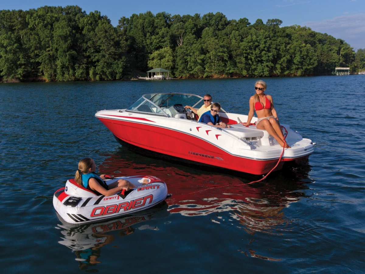 19 H2O ski and cruise rental